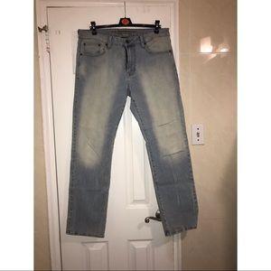 AMERICA EAGLE light wash jeans